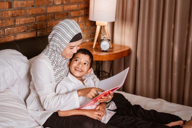 Memberi pujian kepada anak membuatnya bahagia, lo, Kawan Puan, Yuk simak, cara agar pujian bisa efektif dalam mendorong perilaku baik pada anak!